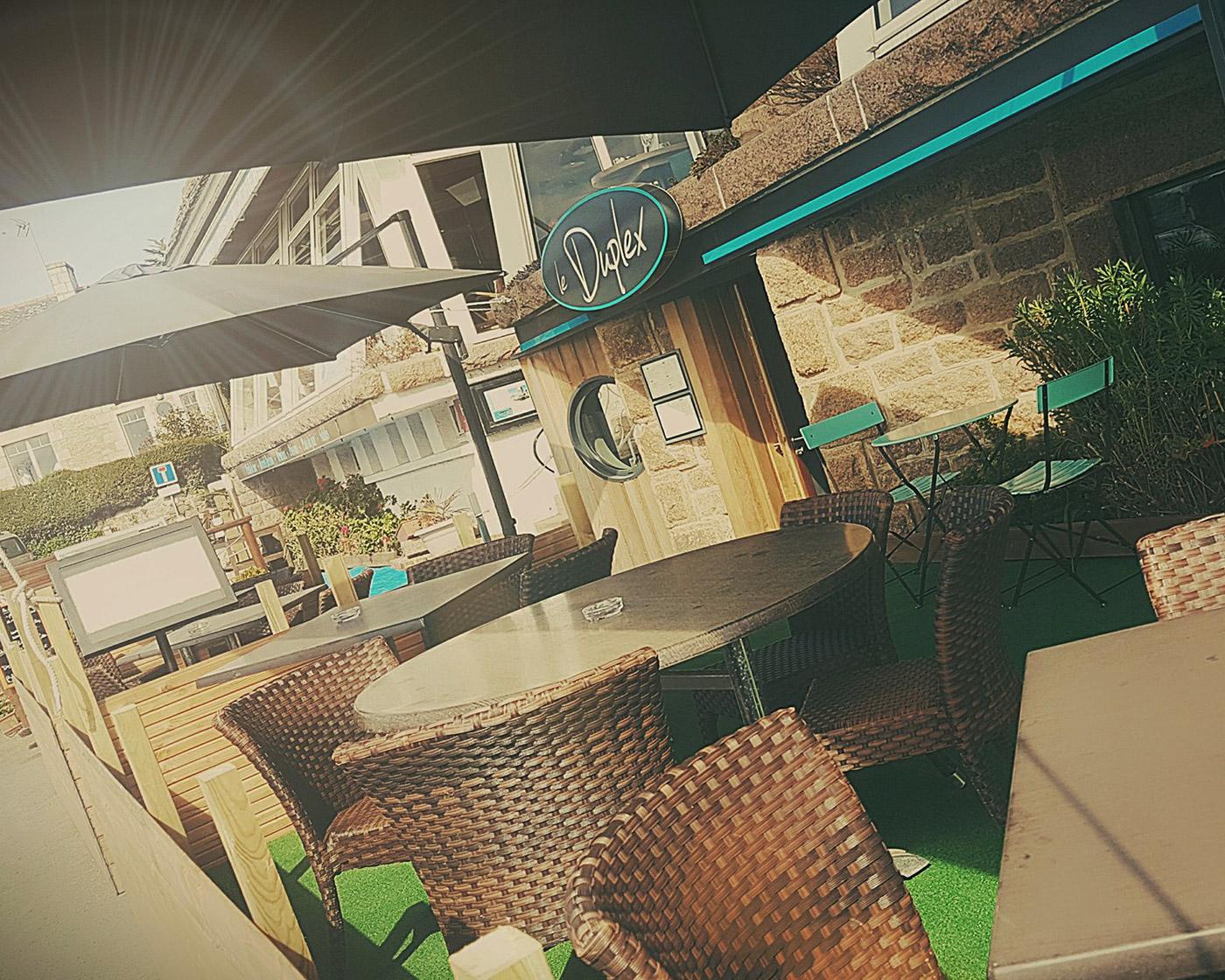 Restaurant à Ploumanac'h avec une terrasse vue sur mer